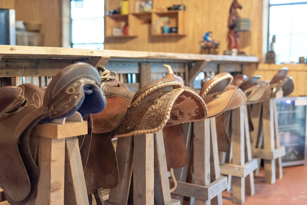 the-horse-guru-michael-gascon-gascon-horsemanship-facility-25_orig (1)